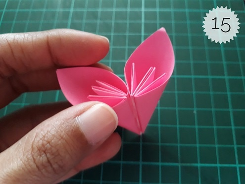 Learn To Make A Beautiful Kusudama Flower
