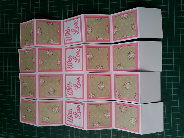 Adding Sentiment To The Pull Up Accordion Lantern Card