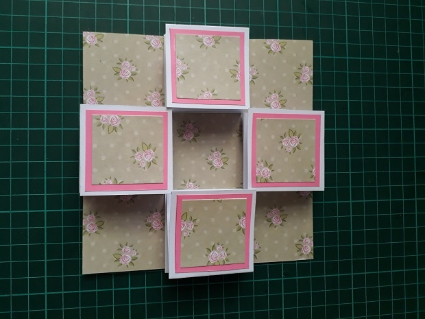 Front View of the Pull Up Accordion Lantern Card Tutorial