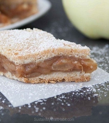 Scrupmtious Apple Pita (Pie)