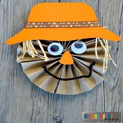 Fan Fold Scarecrow