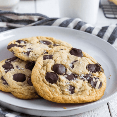 The Best And Easiest Chocolate Chip Cookies