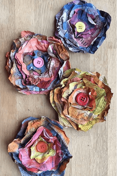 newspaper diy flowers