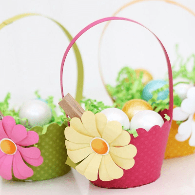 cupcake wrapper Easter baskets